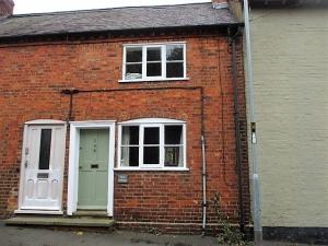 Pearl Cottage, Church Street , Village nr Market Harborough
